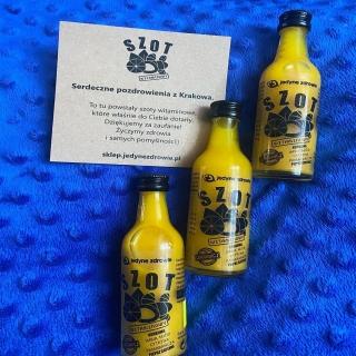 #Repost @dieta2020kk @download.ins --- SZOT WITAMINOWY 🤩🤩  Szot witaminowy to zastrzyk witamin  Wykonany jest na bazie naturalnych składników :  Złota kurkuma  Orzeźwiająca cytryna  Imbir  Pomarańcza  Leczniczy miód  Pieprz cayenne   Szoty są tłoczone na zimno i naturalnych świeżych składników  Polecam 🤩  https://www.sklep.jedynezdrowie.pl/  .  #szot #zdrowie #zdrowejedzenie #positivevibes #jedzenie #weddingdress #kurierzy #śniadanie #obiad
